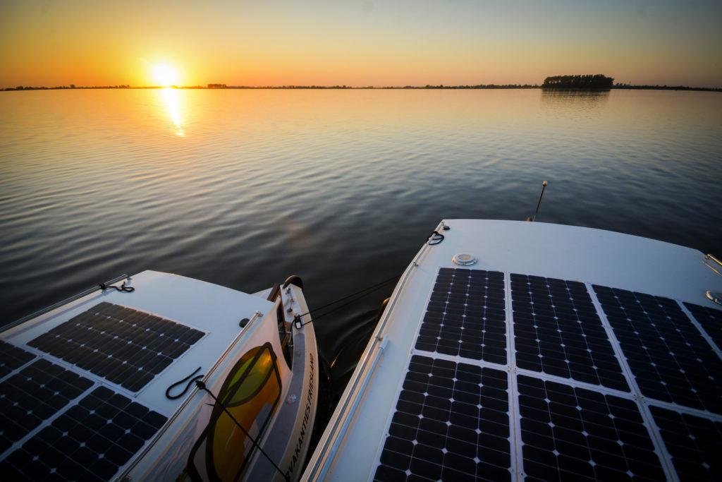 Electric Houseboats
