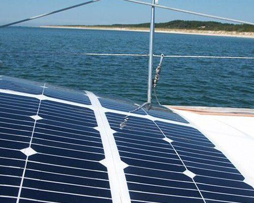 sunbeam-system-marine-solar-panels-NORDIC-detail-on-boat